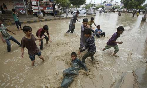 Monsoon rains leave 16 dead in Sindh