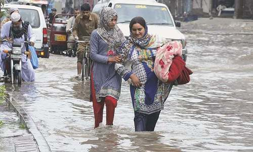Rains begin to fall all over Sindh as monsoon system enters Pakistan through Bay of Bengal