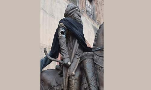 Raja Ranjit Singh's statue vandalised in Lahore
