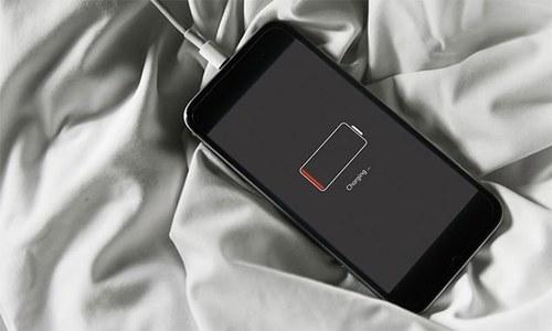 کیا موبائل فون چارجر آپ کے لیے جان لیوا ثابت ہوسکتا ہے؟