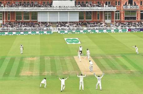 Australia slump before rain cuts short play in Lord's Test