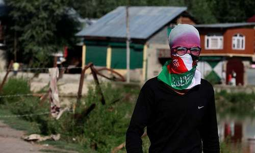 Indian authorities make more arrests in occupied Kashmir to deter protests