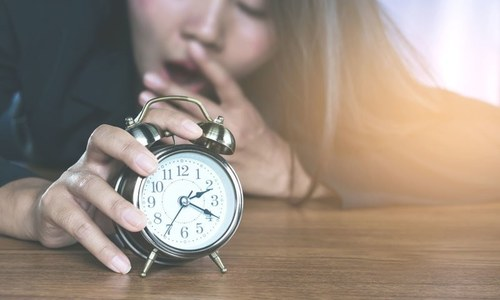 ہر رات 8 گھنٹے کی نیند لینا کیوں ضروری ہے؟