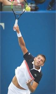 Paire, Shapovalov reach round three at Winston-Salem Open