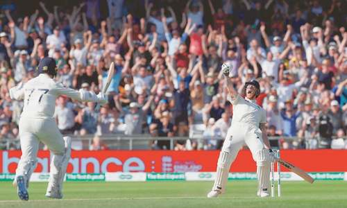 Superman Stokes steers England to stunning win