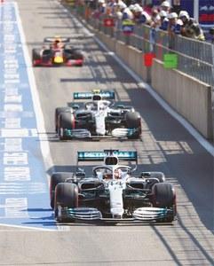 Leclerc claims Belgian pole as Ferrari lock out front row