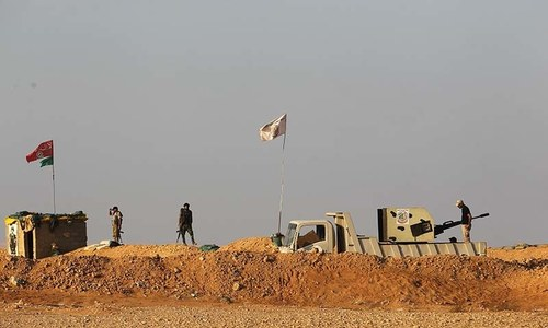 Air strikes kill 18 'pro-Iran' fighters in Syria