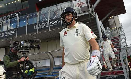Root wants to stay on as England captain despite Ashes setback