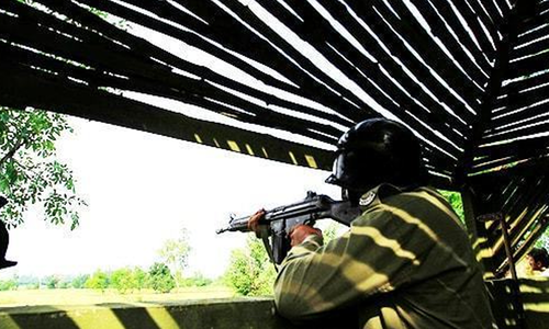 ایل او سی پر بھارتی فورسز کی بلا اشتعال فائرنگ، پاک فوج کا جوان اور ایک خاتون شہید