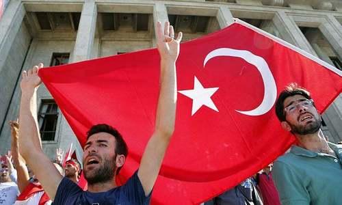 Turkey orders arrest of 223 military men over Gulen links
