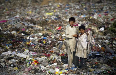 Pakistan's waste problem is a recycling industry waiting to be found