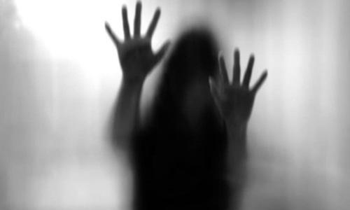 بھارت: حاملہ خاتون سمیت 3 مسلمان بہنوں پر پولیس کا بدترین تشدد