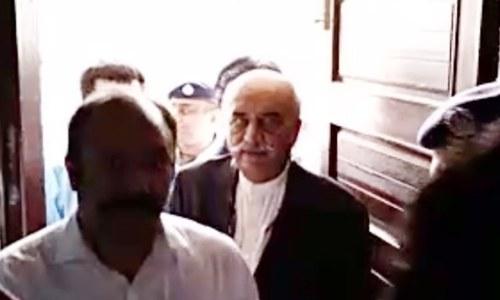 آمدن سے زائد اثاثے: رکن اسمبلی خورشید شاہ کا 2 روزہ راہداری ریمانڈ منظور