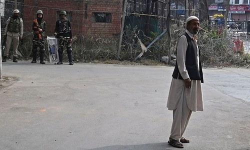 مقبوضہ کشمیر میں لاک ڈاؤن کا 47 واں روز، 'نماز جمعہ کی اجازت نہیں ملی'