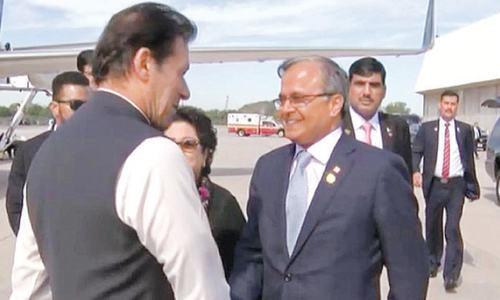 Imran arrives in New York on 'Mission Kashmir'