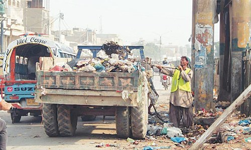 Mayor, chairmen of six DMCs get behind Sindh govt's cleanliness drive