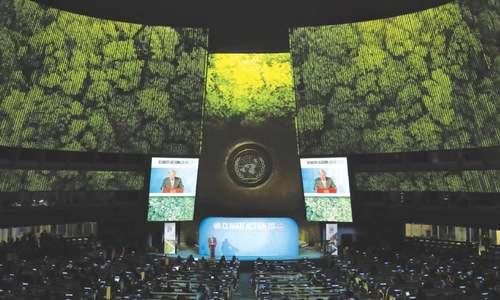 UN chief warns of a world divided between US and China