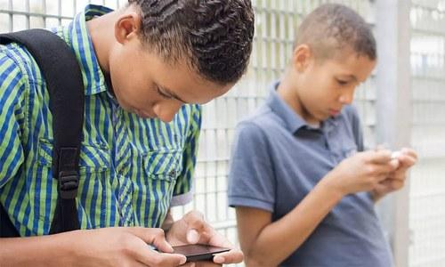 اسمارٹ فون کے استعمال کا یہ نقصان توقعات سے زیادہ سنگین