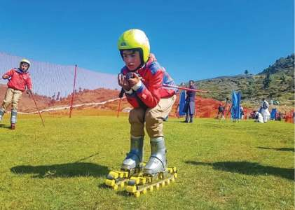 Grass skiing adds to charm of Malam Jabba