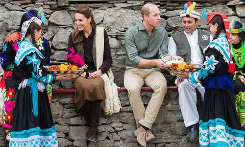 In pictures: Britain's Duke and Duchess given a royal welcome on maiden visit