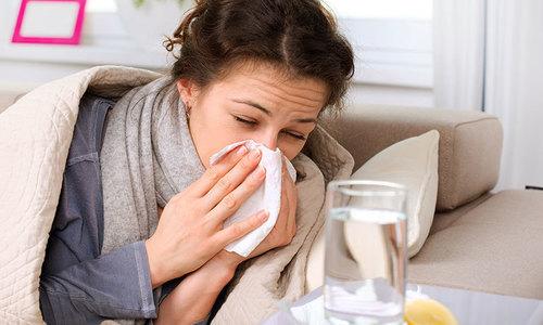 سردیوں میں موسمی نزلہ زکام دور رکھنے میں مددگار غذائیں