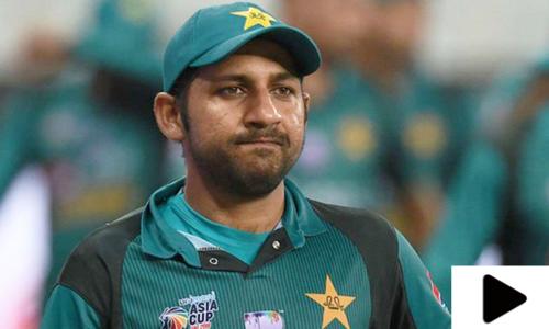 سابق کپتان سرفراز احمد کی برطرفی کا معاملہ اسمبلی تک جاپہنچا