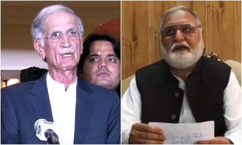 Govt, opposition strike deal; 'Azadi March' to be held away from Islamabad's Red Zone