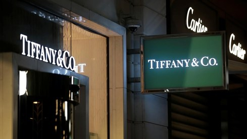 Louis Vuitton owner makes takeover bid in the billions for Tiffany & Co