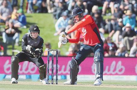 England claim first blood in New Zealand T20 rubber