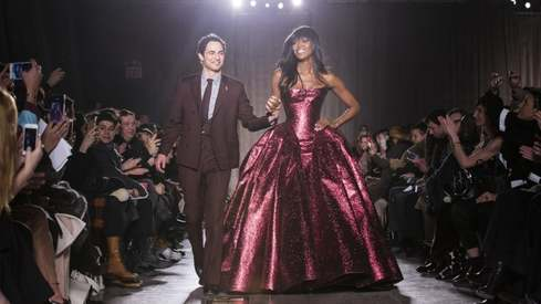 Designer Zac Posen is shutting down his namesake fashion label