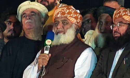 JUI-F to end Islamabad sit-in, spread Azadi March protest across Pakistan
