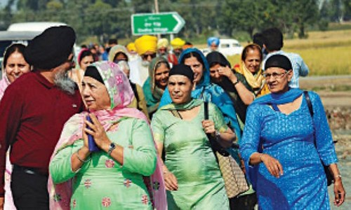 Emotional Sikhs thankful for Kartarpur Corridor