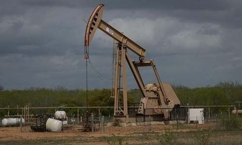 Oil drops on concern over US-China trade talks progress, oversupply