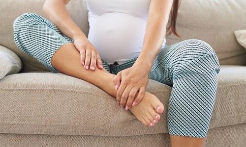 ٹانگوں کی اکڑن سے پریشان رہتے ہیں؟