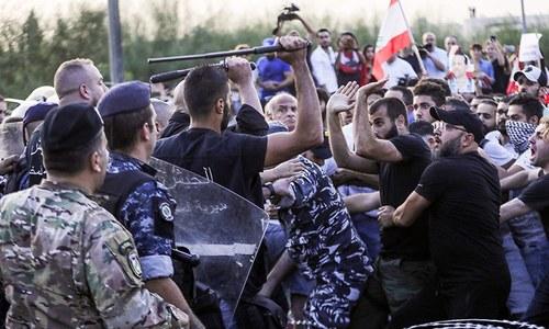 لبنان میں احتجاج، فوج کی فائرنگ سے ایک شہری جاں بحق