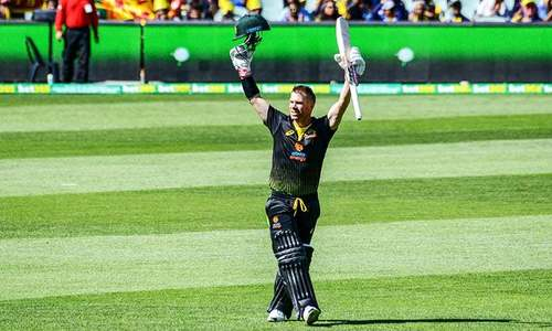 Lyon backs Warner to fire against Pakistan