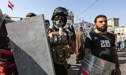 Protesters block entrance to Iraq's Umm Qasr port