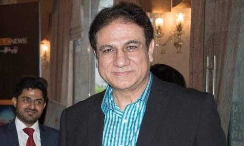یوسف بیگ مرزا وزیر اعظم کے معاون خصوصی کے عہدے سے مستعفی