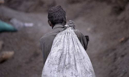 Pakistan failing to improve labour rights despite GSP+