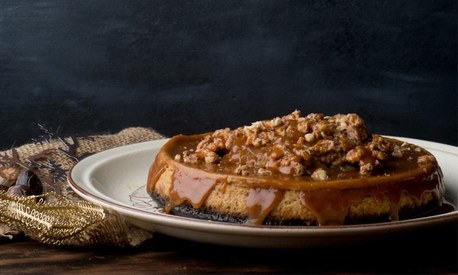 This salted caramel apple cheesecake recipe is the way to satisfy your sweet tooth this winter
