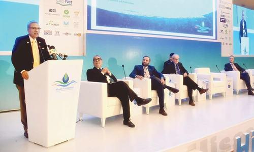 Alvi calls for strengthening coordination against water, food crises