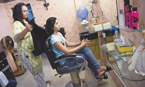 Salon changing how transgenders are seen in Pakistan