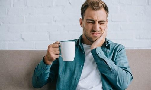 دانتوں پر ٹھنڈا یا گرم لگنے کی وجہ جانتے ہیں؟