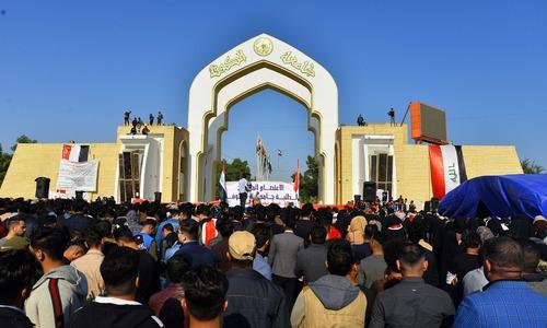 عراق کے دارالحکومت، جنوبی شہروں میں حکومت مخالف مظاہرے جاری