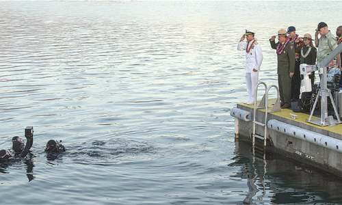 Remains of Pearl Harbour veteran interred on sunken ship