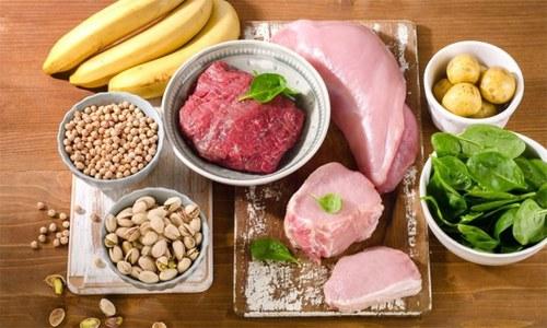 جسم کے لیے انتہائی اہم غذائی وٹامن کی کمی کی علامات جان لیں