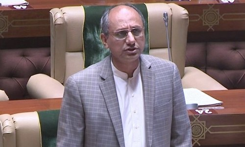 Saeed Ghani admonishes media for 'reporting on Dadu stoning case without verifying facts'