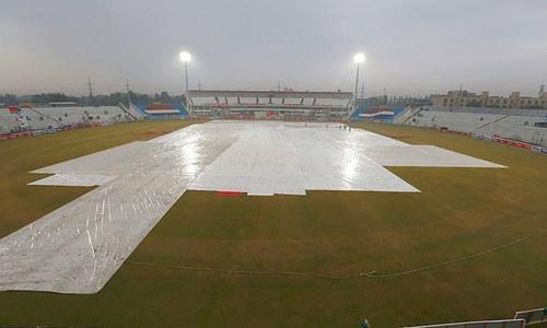 راولپنڈی ٹیسٹ کا دوسرا دن بارش کی نذر، صرف18اوورز کا کھیل ہو سکا