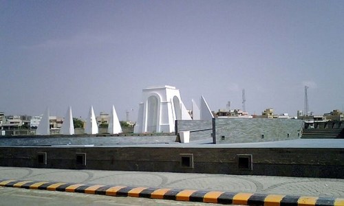 Act of vandalism at 'Martyrs' Monument' sparks MQM factions' anger