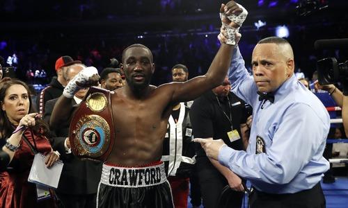 Crawford crushes Kavaliauskas in ninth round to retain WBO title